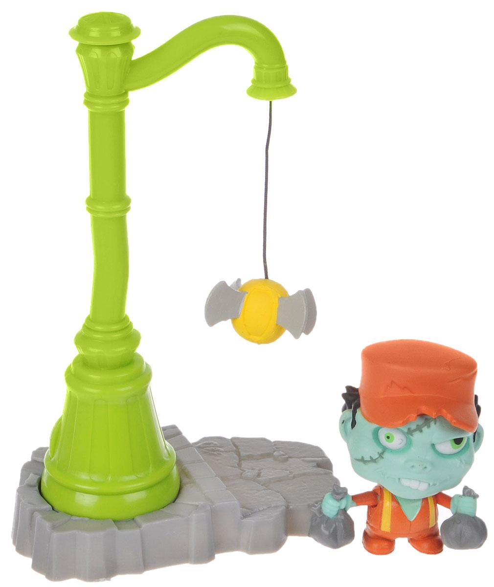 Фото Zombie Zity Набор фигурок Ловушка для зомби Скид Смеллсом и фонарный столб. Купить  в РФ