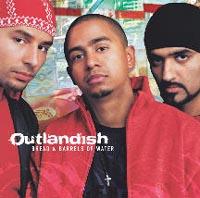Если вы ждали чего-то нового на музыкальной сцене, то группа Outlandish захватит вас своей мультикультурной музыкой. Датское трио исполняет хип-хоп, но этим далеко не ограничивается. На их пластинке