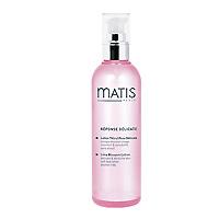 Лосьон Matis из цветов липы, для чувствительной кожи, 200 мл36377Лосьон из цветов липы оставляет на коже ощущение кристальной чистоты и приятного расслабления. Предназначен для завершающего этапа очистки чувствительной кожи. Кожа становится более восприимчивой к лечебно-профилактическим продуктам, которые наносятся позже. Успокаивающий, смягчающий и освежающий лосьон. Дает восхитительное ощущение здоровья, усиленное натуральным ароматом липового цвета. Можно орошать кожу лица в течение дня (даже поверх макияжа). Экстракт цветов липы, Аллантоин.Наносить утром и вечером на кожу лица и шеи, завершая процедуру очищения. Можно наносить в любое время в течение дня поверх макияжа (распыляется по всей поверхности лица с расстояния примерно 30 см).