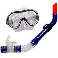 Комплект Aquatics. Маска Montego и трубка Montego, цвет: синийTN101830Комплект Aquaticsсостоит из маски Montego и трубки Montego.Маска для плавания Montego предназначена для плавания под водой или на поверхности воды. Маска с комфортным лицевым обтюратором единого размера подходит для самых различных лиц, удобные пряжки позволяют легко регулировать натяжение ремешка. Линзы из закаленного оптического стекла обеспечивают отличный обзор. Трубка для плавания Montego. Трубка с классическим изгибом, стильная и удобная. Содержит волноотбойник, который предотвращает захлестывание воды в трубку, дренажный клапан для легкого освобождения трубки от воды, быстросъемный держатель для крепления трубки к ремешку маски. Характеристики: Материал: Siltech, пластик, стекло. Размер маски: 15,5 см х 9 см. Длина трубки: 41 см. Цвет: синий. Артикул: AQT 60725. Производитель: Китай.Произведено по заказу компании Aqua Lung.