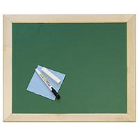 Десятое королевство Доска комбинированная №2Р26546Игровой набор Доска комбинированная №2 состоит из двухсторонней доски, мела, тряпки для вытирания с доски и водного маркера. Ребенок сможет писать на доске мелом или маркером. В верхней части рамы расположены отверстия под шнурок для подвешивания доски. Шнурок в комплект не входит.Размер доски: 40,5 х 45,5 х 1 см. Доска, мел, тряпка, водный маркер.