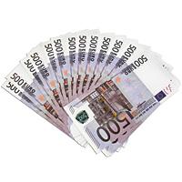 Забавная Пачка денег 500 евро89451Эта забавная пачка с купюрами-дублерами достоинством в 500 евро не поможет вам купить автомобиль или доплатить недостающую часть денег при покупке квартиры, но непременно позволит разыграть приятелей или, молниеносно махнув веером купюр, поразить всех своей состоятельностью. Пачка купюр перетянута бумажной лентой и в целом выглядит очень солидно. Только не перепутайте с настоящими! Характеристики:Размер купюры: 15 см х 8 см. Материал: бумага. Производитель: Россия. Артикул: 89451. Внимание! Уважаемые клиенты, обращаем ваше внимание, что количество купюр в пачке строго не нормировано - пачка денег рассчитана на развлекательную функцию.