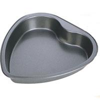 Форма для выпечки Tescoma Delicia, с антипригарным покрытием, 23,5 х 22 см623160Форма для выпечки Tescoma Delicia выполнена из высококачественной стали в виде сердца и снабжена антипригарным покрытием, что обеспечивает форме прочность и долговечность. Форма равномерно и быстро прогревается, что способствует лучшему пропеканию пищи. Данную форму легко чистить. Готовая выпечка без труда извлекается из нее. Изделие устойчиво к воздействию фруктовых кислот. С помощью формы легко выпекать торты и пироги. Форма подходит для использования в духовке с максимальной температурой 250°С. Перед каждым использованием форму необходимо смазать небольшим количеством масла. Чтобы избежать повреждений антипригарного покрытия, не используйте металлические или острые кухонные принадлежности. Можно мыть в посудомоечной машине.