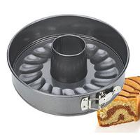 Форма для торта и кекса Tescoma раскладная, диаметр 20 см. 623282623282Форма для выпечки Tescoma будет отличным выбором для всех любителей тортов и кексов. Особое высокотехнологичное антипригарное покрытие препятствует пригоранию и обеспечивает легкую очистку после использования. Форма легко разбирается и собирается при помощи специального зажима. Из этого набора вы можете собрать форму как для приготовления кекса, так и для приготовления торта (в комплект входит дно без отверстия).С такой формой Вы всегда сможете порадовать своих близких оригинальной выпечкой.Характеристики: Материал: металл с антипригарным покрытием. Диаметр: 20 см. Высота стенки: 6 см. Производитель: Чехия. Артикул:623282.