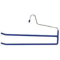 Вешалка для брюк Metaltex, двойнаяцвет: синий55.21.06Вешалка для брюк представляет собой две перекладины, располагающиеся друг над другом. Каждая из перекладин имеет специальное покрытие, предотвращающее скольжение ткани. Вешалка - это незаменимая вещь для того, чтобы ваша одежда всегда оставалась в хорошем состоянии. Характеристики:Материал: сталь, пластмасса. Размер: 34,5 см х 18 см. Производитель: Италия. Артикул: 55.21.06 Уважаемые клиенты!Товар поставляется в цветовом ассортименте. Отгрузка производится из имеющихся в наличии цветов.