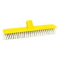 Щетка для чистки ковров Fratelli Re10515-AЩетка-насадка Fratelli Re, являющаяся сменной для швабры, предназначена для чистки ковров, ковровых покрытий.Упругие волоски щетки-насадки не оставят следа от грязи, мелкой пыли, шерсти домашних животных. Оригинальная, современная, удобная щетка, которую можно подобрать к любому интерьеру, сделает уборку эффективнее и приятнее. Характеристики:Материал: пластмасса. Ширина: 27,5 см. Длина ворса: 3 см. Изготовитель: Италия. Артикул: 10541-A.