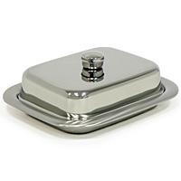 """Масленка """"Rotonda"""" выполнена из высококачественной нержавеющей стали с зеркальной полировкой. Масленка эстетична и функциональна. Благодаря эксклюзивному дизайну масленка легко впишется в интерьер вашей кухни.  Масленку можно мыть в посудомоечной машине.         Характеристики: Материал:  нержавеющая сталь. Размер масленки:  15,5 см х 13 см х 4 см. Размер упаковки:  16 см х 13,5 см х 6 см. Изготовитель: Бразилия. Артикул:  61273/000-TR."""