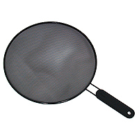 Брызгогаситель Metaltex, диаметр 29 см. 20.25.2920.25.29Охранное сито Metaltex изготовлено из стали. Сито предназначено для охраны плиты и окружающей обстановки от загрязнения при сильной жарке - положите сито на сковороду и используйте как крышку. Также можно использовать как сито для процеживания, либо как подставку под горячее. Характеристики:Диаметр: 29 см. Длина ручки: 16 см. Материал: сталь. Изготовитель: Италия. Артикул: 20.25.29.