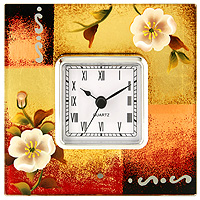 Часы настольные Jardin dEte Белые цветыHS-21333CОригинальные настольные часы Белые цветы - это не только функциональное устройство, но и изысканный элемент декора, который впишется в любой интерьер. Часовой механизм расположен в стеклянной подставке, которая декорирована рисунками белых цветов. Часы выполнены с шаговым ходом и секундной стрелкой. Благодаря стильному исполнению и практичности эти часы станут красивым и полезным подарком. Характеристики: Размер: 14 см x 14 см x 6 см. Размер циферблата: 6,5 см х 6,5 см. Размер упаковки: 18,5 см х 18 см х 7,5 см. Материал: стекло, металл, пластик. Производитель: Франция. Изготовитель: Китай. Артикул: HS-21333C. Работают от 1 батарейки АА (входит в комплект). Изысканные сувенирыJardin dEteотличаются одновременно эстетической красотой и функциональностью и создают неповторимое настроение. Стильные аксессуары вносят индивидуальность, утонченность, и изысканность не только в интерьер дома, но и в повседневную жизнь.
