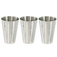 Набор стаканчиков S.Quire в футляре, 75 млLY-B8/3Набор S.Quire состоит из трех стаканчиков, которые хранятся в футляре из кожзаменителя, закрывающемся на застежку-молнию. Компактный набор без всяких проблем убирается в любой карман или сумку. Разработан для использования вне дома, в походах и путешествиях, где обычные сосуды для питья были бы слишком громоздки или неудобны. Изготовлен из пищевой нержавеющей стали. S.Quire - это коллекция модных, элегантных, стильных аксессуаров для мужчин, разработанная европейскими дизайнерами и отражающая все тенденции современной моды. В коллекцию S.Quire входит широкий ассортимент разнообразных товаров: фляги, заколки для галстуков, запонки, брелоки, бритвенные наборы, кружки, термосы, портсигары, пепельницы, изделия из кожи, винные аксессуары и наборы с различной комплектацией вышеперечисленных аксессуаров. Характеристики:Материал:сталь, кожзаменитель. Высота стаканчика:6,5 см. Диаметр по верхнему краю:4,5 см. Объем:75 мл. Размер футляра:5 см х 9 см х 5 см. Производитель: Италия. Изготовитель: Китай. Артикул:LY-B8/3.