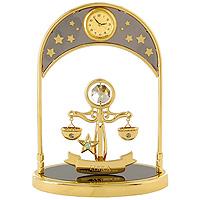 Сувенир с часами Знак зодиака: Весы. 6733067330Сувенир с часами Знак зодиака: Весы, золотого цвета, станет необычным аксессуаром для Вашего интерьера и создаст незабываемую атмосферу. Кристаллы, украшающие сувенир, носят громкое имяSwarovski. Ограненные, как бриллианты, кристаллы блистают сотнями тысяч различных оттенков. Эта очаровательная вещь послужит отличным подарком близкому человеку, родственнику или другу, а также подарит приятные мгновения и окунет Вас в лучшие воспоминания. Характеристики: Материал: металл (углеродистая сталь, покрытие золотом 0,05 микрон), австрийские кристаллы. Размер: 13,5 см х 10 см х 4,5 см. Диаметр циферблата часов: 2 см. Цвет: золотой. Размер упаковки: 14 см х 7,5 см х 10,5 см. Изготовитель: Польша. Артикул: 67330. Более чем 30 лет назад компанияCrystocraftвыросла из ведущего производителя в перспективную торговую марку, которая задает тенденцию благодаря безупречному чувству красоты и стиля.Компания создает изящные, качественные, яркие сувениры, декорированные кристалламиSwarovskiразличных размеров и оттенков, сочетающие в себе превосходное мастерство обработки металлов и самое высокое качество кристаллов.Каждое изделие оформлено в индивидуальной подарочной упаковке, что придает ему завершенный и презентабельный вид.