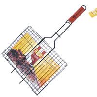 Решетка-гриль Искра для мяса, с антипригарным покрытием, 35 x 28 смRDG-40DAРешетка Искра предназначена для приготовления пищи на углях, в том числе мяса. Изготовлена из высококачественной стали с пищевым никелированным покрытием. Идеально подходит для мангалов и барбекю.Решетка имеет широкое фиксирующее кольцо на ручке, что обеспечивает надежную фиксацию. Специальная деревянная ручка предохраняет руки от ожогов, а также удобна для обхвата двумя руками, что позволяет легко переворачивать решетку. Характеристики:Материал:сталь, дерево. Размер решетки:35 см x 28 см. Высота решетки:1,5 см. Длина ручки: 32 см. Артикул:RDG-40DA. Производитель:Россия. Изготовитель: Китай.