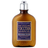 Гель для ванны и душа LOccitane, 250 мл330197Гель для ванны и душа LOccitane нежно очищает кожу тела и волосы, придавая им блеск и притягательный аромат лаванды с нотками перца и мускатного ореха.Характеристики:Объем: 250 мл. Производитель:Франция. Артикул: 097083. Loccitane (Л окситан) - натуральная косметика с юга Франции, основатель которой Оливье Боссан. Название Loccitane происходит от названия старинной провинции - Окситании. Это также подчеркивает идею кампании - сочетании традиций и компонентов из Средиземноморья в средствах по уходу за кожей и для дома. LOccitane использует для производства косметических средств натуральные продукты: лаванду, оливки, тростниковый сахар, мед, миндаль, экстракты винограда и белого чая, эфирные масла розы, апельсина, морская соль также идет в дело. Специалисты компании с особой тщательностью отбирают сырье. Учитывается множество факторов, от места и условий выращивания сырья до времени и технологии сборки. Товар сертифицирован.