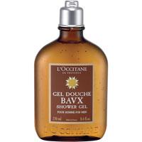 Гель для ванны и душа LOccitane Eau des Baux, 250 мл109885Гель для ванны и душа LOccitane Eau des Baux прекрасно очищает кожу, придавая ей волнующий мужественный аромат свежих нот кипариса и мягких оттенков ладана. Характеристики:Объем: 250 мл. Производитель:Франция. Артикул: 109885. Loccitane (Л окситан) - натуральная косметика с юга Франции, основатель которой Оливье Боссан.Название Loccitane происходит от названия старинной провинции - Окситании. Это также подчеркивает идею кампании - сочетании традиций и компонентов из Средиземноморья в средствах по уходу за кожей и для дома.LOccitane использует для производства косметических средств натуральные продукты: лаванду, оливки, тростниковый сахар, мед, миндаль, экстракты винограда и белого чая, эфирные масла розы, апельсина, морская соль также идет в дело. Специалисты компании с особой тщательностью отбирают сырье. Учитывается множество факторов, от места и условий выращивания сырья до времени и технологии сборки. Товар сертифицирован.