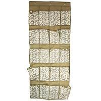 Кофр подвесной Hausmann,20 секций, 56 х 136 смAC305Подвесной кофр Hausmann с 20 секциями предназначен для хранения мелочей. Изготовлен из нетканогоматериала высокого качества. Благодаря двум крючкам кофр легко подвешивается там, где необходимо.Материал легок, удобен и не образует складок. Специальные вставки держат форму и не деформируются прииспользовании и при стирке. Особая конструкция позволяет при необходимости одним движением сложить илиразложить кофр. Характеристики: Материал: нетканное полотно, картон. Размер:56 см х 136 см. Артикул: AC305. Размер секции: 19 см х 13 см. Произведено в Китае по заказу Hausmann.Продукция компании Hausmann достаточно хорошо известна на российском рынке. Используясовременные технологии в качестве неисчерпаемого источника для вдохновения, она не перестает радоватьпокупателей товарами отменного качества.Разнообразие товаров приятно удивляет. Вы действительно сможете найти то, что вам необходимо! Всяпродукция тщательно проверяется на предмет надежности и безопасности, и вы можете быть уверенными в том,что купленная однажды вещь долго прослужит вам верой и правдой.
