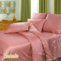 """Комплект постельного белья """"Rosado"""", изготовленный из сатина, поможет вам расслабиться и подарит спокойный сон. Постельное белье имеет изысканный внешний вид и обладает яркостью и сочностью цвета. Комплект состоит из двух пододеяльников, простыни и четырех наволочек. Благодаря такому комплекту постельного белья вы сможете создать атмосферу уюта и комфорта в вашей спальне.  Сатин производится из высших сортов хлопка, а своим блеском, легкостью и на ощупь напоминает шелк. Такая ткань рассчитана на 200 стирок и более. Постельное белье из сатина превращает жаркие летние ночи в прохладные и освежающие, а холодные зимние - в теплые и согревающие. Благодаря натуральному хлопку, комплект постельного белья из сатина приобретает способность пропускать воздух, давая возможность телу дышать. Одно из преимуществ материала в том, что он практически не мнется и ваша спальня всегда будет аккуратной и нарядной. Страна:  Россия. Материал:  100% хлопок. В комплект входят:  Пододеяльник - 2 шт. Размер: 215 см х 143 см +/-2 см.  Простыня - 1 шт. Размер: 214 см х 240 см +/-2 см.  Наволочка - 2 шт. Размер: 50 см х 70 см +/-1 см.  Наволочка - 2 шт. Размер: 70 см х 70 см +/-1 см.  Советы по выбору постельного белья от блогера Ирины Соковых. Статья OZON Гид"""