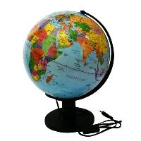 Глобус Rotondo с политической картой мира, с подсветкой. Диаметр 32 смCD-99M-075_голубойГеографический глобус Rotondo с политической картой мира станет незаменимым атрибутом обучения не только школьника, но и студента.Глобус дает представление о политическом устройстве мира. На нем отображены линии картографической сетки, показаны границы государств, столицы государств и крупнейшие населенные пункты. Глобус имеет функцию подсветки от электрической сети.Глобус является уменьшенной и практически не искаженной моделью Земли и предназначен для использования в качестве наглядного картографического пособия, а также для украшения интерьера квартир, кабинетов и офисов. Красочность, повышенная наглядность визуального восприятия взаимосвязей, отображенных на глобусе объектов и явлений, в сочетании с простотой выполнения по нему различных измерений делают глобус доступным широкому кругу потребителей для получения разнообразной познавательной, научной и справочной информации о Земле. Характеристики: Общая высота:42 см. Диаметр глобуса:32 см. Масштаб:1:40000000. Размер упаковки:33 см x 33 см x 43 см.