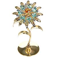 Фигурка декоративная Цветок. 6744567445Декоративная фигурка выполнена в виде цветка, оформленного кристаллами Сваровски. Фигурка будет вас радовать и достойно украсит интерьер вашего дома или офиса. Вы можете поставить украшение в любом месте, где оно будет удачно смотреться и радовать глаз. Кроме того, эта фигурка - отличный вариант подарка для ваших близких и друзей.Характеристики:Материал:углеродная сталь, австрийские кристаллы. Размер фигурки: 17 см х 9 см х 7,5 см. Размер упаковки: 20,5 см х 10 см х 10 см. Производитель: Китай. Артикул: 67445.Более чем 30 лет назад компанияCrystocraftвыросла из ведущего производителя в перспективную торговую марку, которая задает тенденцию благодаря безупречному чувству красоты и стиля. Компания создает изящные, качественные, яркие сувениры, декорированные кристалламиSwarovskiразличных размеров и оттенков, сочетающие в себе превосходное мастерство обработки металлов и самое высокое качество кристаллов.
