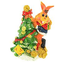 Декоративная фигурка Заяц. 2051820518Декоративная фигурка, выполненная в виде зайца, забирающегося на новогоднюю ель, будет вас радовать и достойно украсит интерьер. Фигурка украшена блестками. Вы можете поставить фигурку в любом месте, где она будет удачно смотреться и радовать глаз. Характеристики:Материал:пластик. Высота фигурки: 9 см. Изготовитель: Китай. Артикул: 20518.