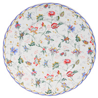 Тарелка керамическая Букингем, диаметр 23 смIM35031-A218ALКерамическая тарелка Букингем станет достойным украшением вашего интерьера.Тарелка оформлена изображением цветочного узора. Тарелка - наиболее распространенный вид столовой посуды, именно ею мы чаще всего пользуемся во время приема пищи. Оригинальный рисунок поднимет настроение вам и вашим близким. Характеристики:Материал:керамика. Диаметр тарелки: 23 см. Производитель: Китай. Размер упаковки: 23 см х 23 см х 2,5 см. Артикул: IM35031-A218AL. Изделия торговой марки Imari произведены из высококачественной керамики, основным ингредиентом которой является твердый доломит, поэтому все керамические изделия Imari - легкие, белоснежные, прочные и устойчивы к высоким температурам. Высокое качество изделий достигается не только благодаря использованию особого сырья и новейших технологий и оборудования при изготовлении посуды, но также благодаря строгому контролю на всех этапах производственного процесса. Нанесение сверкающей глазури, не содержащей свинца, придает изделиям Imari превосходный блеск и особую прочность.Красочные и нежные современные декоры Imari - это результат профессиональной работы дизайнеров, которые ежегодно обновляют ассортимент и предлагают покупателям десятки новый декоров. Свою популярность торговая марка Imari завоевала благодаря высокому качеству изделий, стильным современным дизайнам, широчайшему ассортименту продукции, прекрасным подарочным упаковкам и низким ценам. Все эти качества изделий сделали их безусловным лидером на рынке керамической посуды.