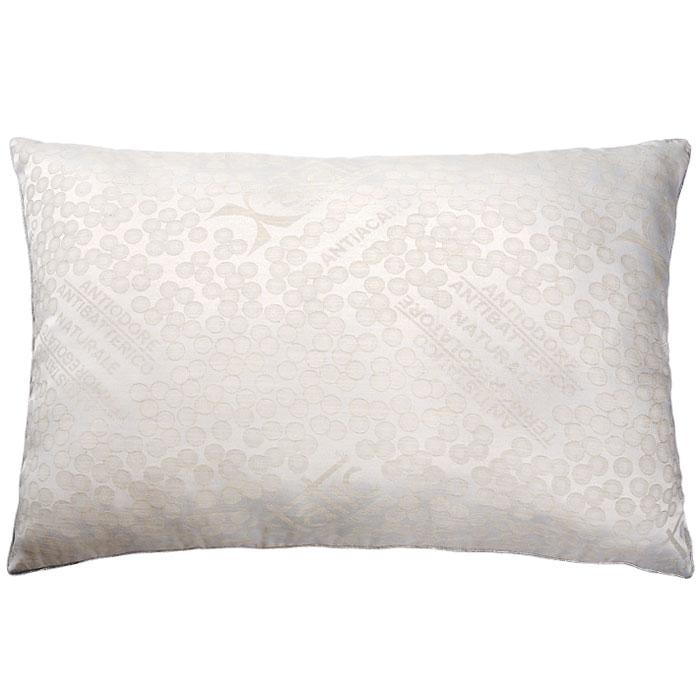 Подушка Silver Antistress, 50 х 72 см111076110-АGПодушка Silver Antistress c наполнителем Экофайбер в чехле из льняной ткани с серебром (2,5% чистого серебра) не оставит равнодушным тех, кто ценит комфорт и уют. Благодаря серебру, входящему в состав ткани, подушка Silver Antistress способствует снятию стресса, лечению бессонницы, дарит комфортный сон. Экологически чистый наполнитель Экофайбер не вызывает аллергии и не теряет объем. Подушка Silver Antistress проста в уходе: она легко стирается, быстро высыхает. Подушка прослужит долго, а ее изысканный внешний вид будет дарить вам уют. Характеристики: Материал чехла: 40% лен, 57,5% полиэстер, 2,5% серебро. Наполнитель: экофайбер. Размер подушки: 50 см х 72 см. Производитель: Россия. Артикул: 111076110-АG.ТМ Primavelle - качественный домашний текстиль для дома европейского уровня, завоевавший любовь и признательность покупателей. ТМ Primavelleрада предложить вам широкий ассортимент, в котором представлены: подушки, одеяла, пледы, полотенца, покрывала, комплекты постельного белья.ТМ Primavelle- искусство создавать уют. Уют для дома. Уют для души.