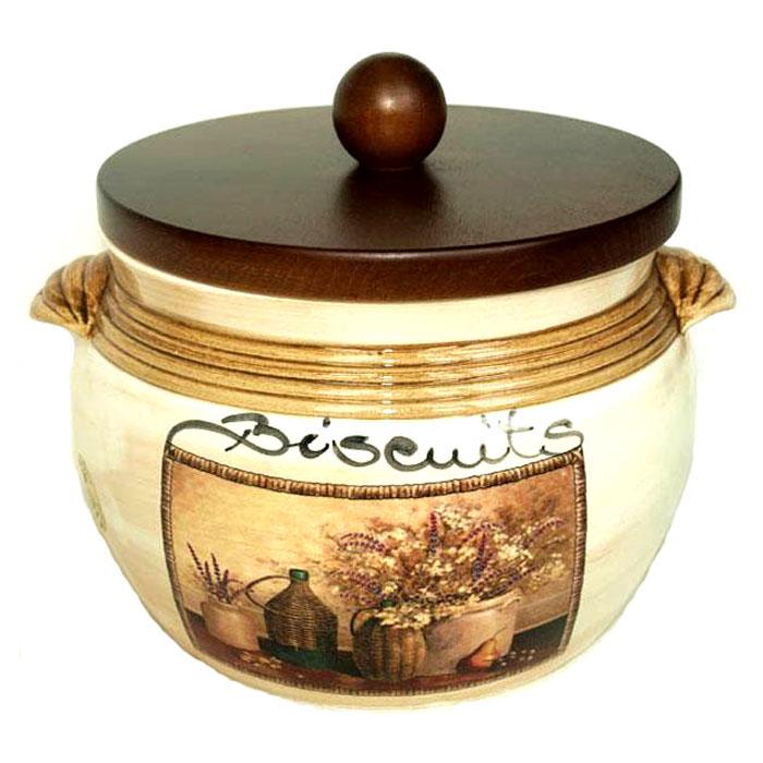"""Банка для сыпучих продуктов """"Натюрморт. Biscuits"""", изготовленная из высококачественной керамики, станет незаменимым помощником на кухне. Она декорирована изображением рисунка-натюрморта на бежевом фоне. Банка закрывается крышкой, которая выполнена из натурального дерева и снабжена резиновым кольцом-уплотнителем для лучшей фиксации. В такой банке очень удобно хранить разнообразные сыпучие продукты, такие как кофе, крупы, макароны или специи. Она не только сэкономит место на вашей кухне, но и украсит интерьер. Оригинальный дизайн позволит сделать такую емкость отличным подарком на любой праздник. Характеристики: Материал: керамика, дерево. Диаметр банки по верхнему краю: 17 см. Высота банки (без крышки): 13,5 см. Высота банки (с крышкой): 17 см. Объем банки: 2 л. Размер упаковки: 21,5 см х 20 см х 18 см. Изготовитель: Италия. Артикул: LCS670GLV-AL. """"LCS"""" - молодая, динамично развивающаяся итальянская компания из Флоренции, производящая разнообразную керамическую посуду и изделия для украшения интерьера. В своих дизайнах """"LCS"""" использует как классические, так и современные тенденции. Высокий стандарт изделий обеспечивается за счет соединения высоко технологичного производства и использования ручной работы профессиональных дизайнеров и художников, работающих на фабрике."""