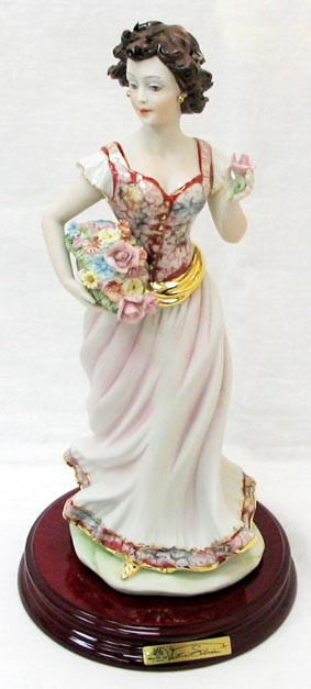 Статуэтка Весна статуэтки parastone статуэтка девушка весна