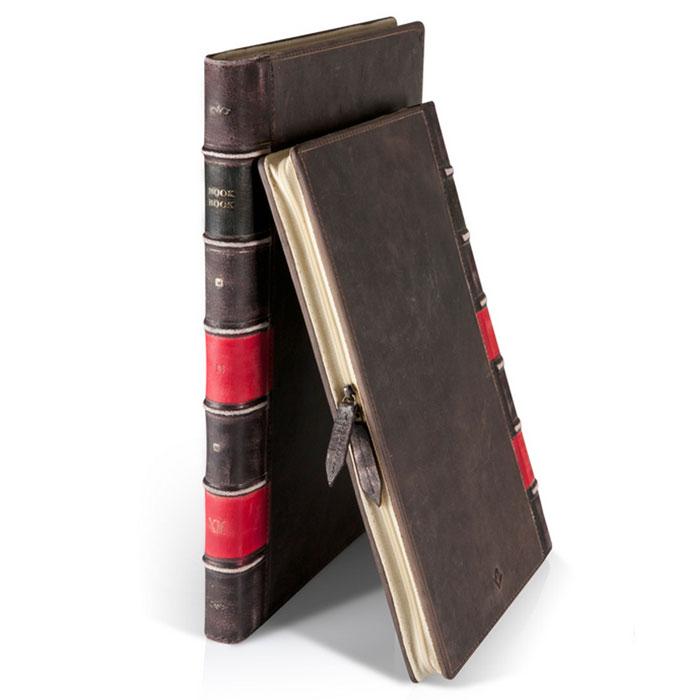 Twelve South BookBook кожаный чехол-книга дляMacBook Air 13, Black12-1104Кожаный чехол для ноутбука MacBook Air имитирует старинную книгу в кожаном переплете. Каждый чехол после изготовления проходит процесс искусственного старения поверхности (выполняется вручную) — что придает чехлу индивидуальность и уникальный дизайн. Позволяет работать с ноутбуком, не извлекая его полностью из чехла.