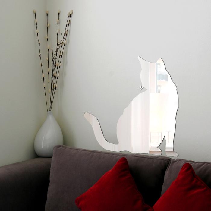 Декоративное зеркало Paristic Кот №5, 29 см х 29 смпро1022Декоративное зеркало Paristic Кот - это уникальная возможность придать интерьеру неповторимый индивидуальный облик. Зеркальная фигурка котик наполнит дом светом, теплом и радостью. Зеркало выполнено из гибкого органического стекла - более легкого и прочного материала по сравнению с обычным стеклом. Такое зеркало более устойчиво к повреждениям и обеспечивает максимальный визуальный эффект.Такой оригинальный элемент декора добавит в интерьер креативность и солнечное настроение и станет великолепным украшением, притягивающим заинтересованные взгляды окружающих.На оборотной стороне упаковки имеется подробная инструкция по наклеиванию (на русском языке). Характеристики: Материал:гибкое органическое зеркало. Размер зеркала (В x Ш): 29 см х 29 см. Размер упаковки: 47 см х 32 см. Производитель: Франция. Артикул: про1022. Paristic - это стикеры высокого качества. Художественно выполненные стикеры, создающие эффект обмана зрения, дают необычную возможность использовать в своем интерьере элементы городского пейзажа. Продукция представлена широким ассортиментом - в зависимости от формы выбранного рисунка и от Ваших предпочтений стикеры могут иметь разный размер и разный цвет (12 вариантов помимо классического черного и белого). В коллекции Paristic - авторские работы от урбанистических зарисовок и узнаваемых парижских мотивов до природных и графических объектов. Идеи французских дизайнеров украсят любой интерьер: Paristic -это простой и оригинальный способ создать уникальную атмосферу как в современной гостиной и детской комнате, так и в офисе.В настоящее время производство стикеров Paristic ведется в России при строгом соблюдении качества продукции и по оригинальному французскому дизайну.
