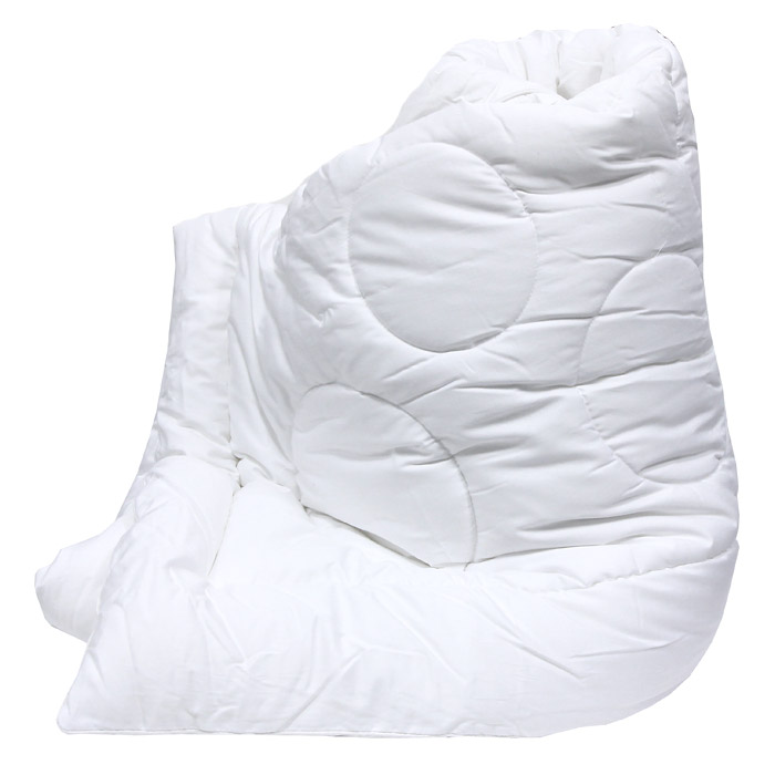 Одеяло Versal, 140 х 205 см121031102Легкое и нежное одеяло Versal с наполнителем экофайбер в чехле из сатина придется по душе ценителям классики и комфорта.Экофайбер - очень теплый, гипоаллергенный материал, который не впитывает пыль и запахи. Такое одеяло согревает зимой и дарит прохладный сон летом. Оригинальная стежка равномерно распределяет наполнитель в чехле.Простое в уходе, одеяло легко стирается в бытовой стиральной машине и быстро высыхает. Ваше одеяло прослужит долго, а его привлекательный внешний вид, при правильном уходе, будет годами дарить вам уют.Характеристики: Материал верха: сатин (100% хлопок).Материал наполнителя: экофайбер (заменитель пуха).Размер: 140 см х 205 см.Степень теплоты: 3.Производитель: Россия.Артикул: 121031102.ТМ Primavelle - качественный домашний текстиль для дома европейского уровня, завоевавший любовь и признательность покупателей. ТМ Primavelleрада предложить вам широкий ассортимент, в котором представлены: подушки, одеяла, пледы, полотенца, покрывала, комплекты постельного белья. ТМ Primavelle- искусство создавать уют. Уют для дома. Уют для души.