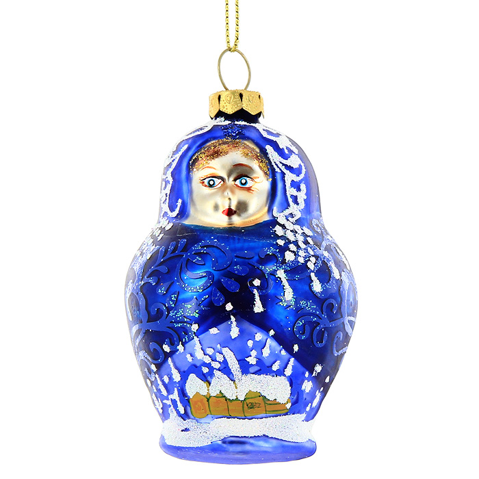 Новогоднее подвесное украшение Синяя матрешка. 2213122131Новогоднее украшение Синяя матрешка отлично подойдет для декорации вашего дома и новогодней ели. Игрушка выполнена из стекла в виде матрешки, украшенной блестками. Елочная игрушка - символ Нового года. Она несет в себе волшебство и красоту праздника. Создайте в своем доме атмосферу веселья и радости, украшая всей семьей новогоднюю елку нарядными игрушками, которые будут из года в год накапливать теплоту воспоминаний. Коллекция декоративных украшений из серии Magic Time принесет в ваш дом ни с чем не сравнимое ощущение волшебства! Характеристики: Материал:стекло. Размер украшения:8 см х 5 см х 5,5 см. Размер упаковки:14,5 см х 9 см х 7 см. Изготовитель:Китай. Артикул:22131.