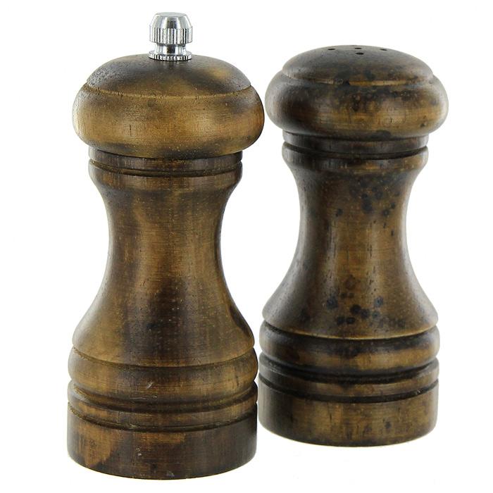 Набор для специй Metaltex, 2 предмета58.60.70Набор Metaltex, состоящий из мельницы для перца и солонки, изготовлен из дерева. Мельница для перца легка в использовании, стоит только покрутить верхнюю часть мельницы, и вы с легкостью сможете поперчить по своему вкусу любое блюдо. Оригинальный набор модного дизайна будет отлично смотреться на вашей кухне. Характеристики:Материал: дерево, металл. Высота емкостей: 10,5 см. Диаметр основания емкостей: 5 см. Производитель: Италия. Изготовитель: Китай. Артикул: 58.60.70.