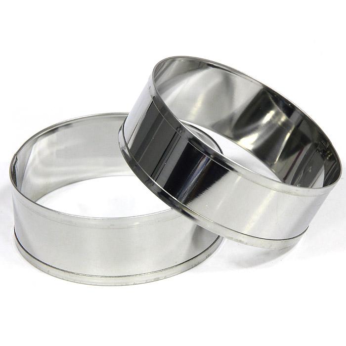 Кольца кулинарные Metaltex, 2 шт20.45.22Две круглые формы Metaltex для выпечки будут отличным выбором для всех любителей бисквитов и кексов, а также заливных блюд и пудингов.С такой формой вы всегда сможете порадовать своих близких оригинальной выпечкой. Формочки выполнены из коррозийно-стойкой стали. Характеристики:Материал: сталь. Диаметр формы: 8,5 см. Высота формы: 3 см. Производитель: Италия. Изготовитель: Китай. Артикул: 20.45.22.