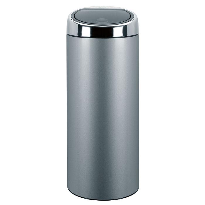 Бак мусорный Brabantia Touch Bin, цвет: серый металлик, 30 л. 287404287404Стильный Touch Bin на 30 литров – непременный атрибут каждой гостиной или кухни. Порадуйте себя и удивите гостей! Бесшумное открывание/закрывание крышки легким касанием – система «soft touch». Удобная смена мешков для мусора – съемный блок крышки из нержавеющей стали. Удобная очистка – съемное внутреннее ведро из пластика с вентиляционными отверстиями, предотвращающими образование вакуума при вынимании полного мусорного мешка. Легкое перемещение с места на место – прочная ручка для переноски. Предохранение пола от повреждений – пластиковый защитный обод. Бак изготовлен из коррозионно-стойких материалов – долговечность и удобство в очистке. Всегда опрятный вид – идеально подходящие по размеру мешки для мусора со стягивающей лентой (размер C). 10-летняя гарантия Brabantia.