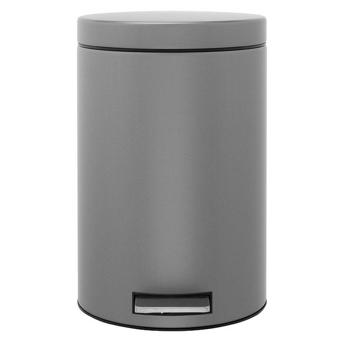 Мусорный бак Brabantia с педалью, цвет: платиновый, 12 л288265Педальный бак Brabantia на 12 л поистине универсален и идеально подходит для использования на кухне или в гостиной. Достаточно большой для того, чтобы вместить весь мусор, при этом достаточно компактный для того, чтобы аккуратно разместиться под рабочим столом. Предотвращает распространение запахов – прочная не пропускающая запахи металлическая крышка. Плавное и бесшумное открытие/закрытие крышки. Удобный в использовании – при открывании вручную крышка фиксируется в открытом положении, закрывается нажатием педали. Надежный педальный механизм, высококачественные коррозионно-стойкие материалы. Удобная очистка – прочное съемное внутреннее пластиковое ведро. Предохранение пола от повреждений - пластиковое защитное основание. Всегда опрятный вид – идеально подходящие по размеру мешки для мусора со стягивающей лентой (размер C). 10-летняя гарантия Brabantia.