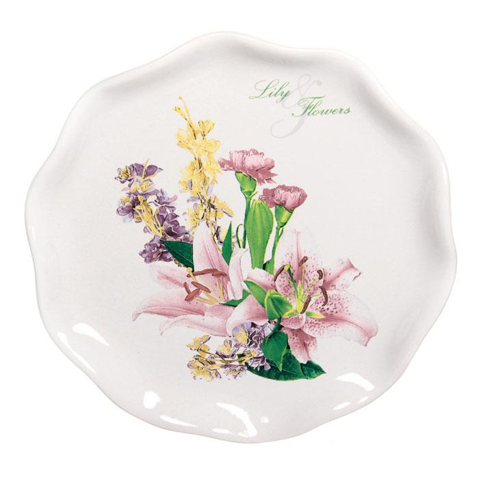 Тарелка десертная Гармония, диаметр 18,5 см4601137085296Десертная тарелка Гармония станет достойным украшением вашего интерьера. Она изготовлена из высококачественной керамики белого цвета и оформлена изысканным цветочным рисунком. Тарелка - наиболее распространенный вид столовой посуды, именно ею мы чаще всего пользуемся во время приема пищи. Оригинальный рисунок поднимет настроение вам и вашим близким. Характеристики: Материал:керамика.Диаметр тарелки:18,5 см.Размер упаковки:18,5 см х 3 см х 19 см.Изготовитель:Китай.Артикул:DFC 01870S-01422.