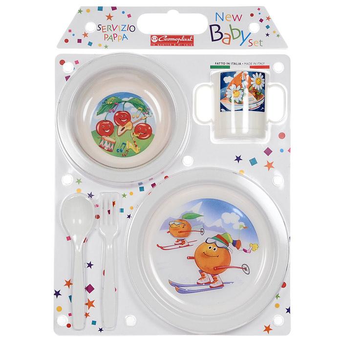 """Детский сервиз """"New Baby Set"""" состоит из суповой тарелки, обеденной тарелки, чашки с двумя ручками, ложки и вилки. Все предметы набора изготовлены из высококачественного пищевого пластика по специальной технологии, которая гарантирует простоту ухода, прочность и безопасность изделий для детей. Предметы сервиза оформлены красочными рисунками, которые обязательно понравятся вашему малышу. Характеристики: Материал: пластик. Диаметр суповой тарелки: 15 см. Глубина суповой тарелки:  6,5 см. Диаметр обеденной тарелки:  19,5 см. Диаметр чашки по верхнему краю:  7 см. Высота чашки:  8 см. Длина ложки: 16 см. Длина вилки:  16 см. Производитель: Италия. Артикул: 2390."""