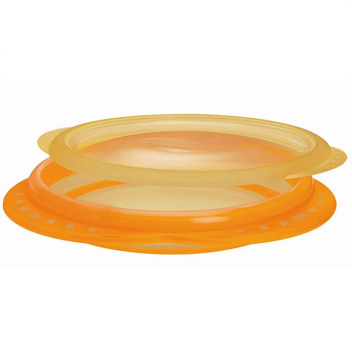 NUK Тарелка детская Easy Learning от 8 месяцев цвет оранжевый10 255 049Мелкая пластиковая тарелка Easy Learning с удобными нескользкими ручками и крышкой идеальна для приготовления, кормления малыша и самостоятельного приема пищи. Наклонные края тарелки облегчают зачерпывание пищи, а нескользкое дно гарантирует устойчивое положение тарелки на поверхности.Тарелку можно использовать в микроволновых печах и посудомоечных машинах. Характеристики:Высота стенки тарелки: 2,5 см.Диаметр по верхнему краю: 18 см.Рекомендуемый возраст: от 8 месяцев.Размер упаковки: 22 см x 27 см x 3 см. . Тарелка, крышка