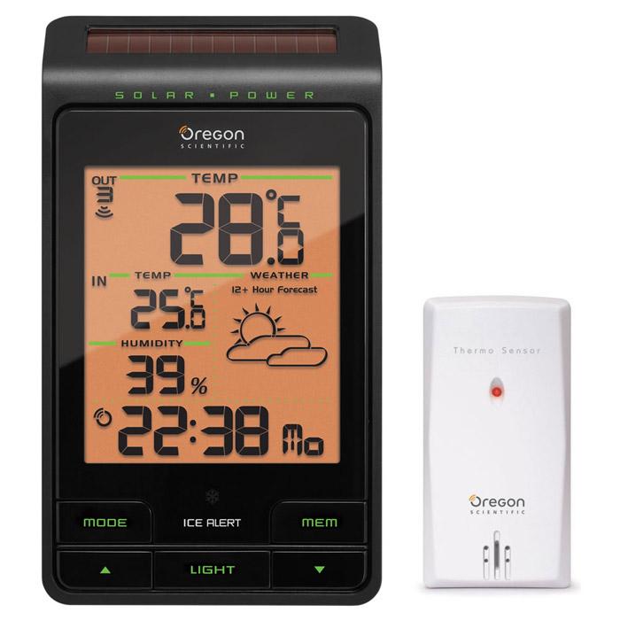 Oregon Scientific BAR806 погодная станцияBAR806HGМетеостанция Oregon Scientific BAR806 сделана с более высокими измерительными данными температурного режима - диапазон расширен с ?40до +60. Также в станции вмонтированы индикатор заморозков, с точностью определяющий данные природные осадки, чувствительная солнечнаябатарея и синхронизация-автомат.В памяти устройства остаются предыдущие показатели температуры, отображается верный прогноз погоды, есть электронные часы, календарь.Питается от батарей типа ААА, о качестве зарядки предупреждает индикатор. Также метеостанция Oregon Scientific BAR806 фиксирует измерениявлажности, в пределах - 25-95 процентов. Погодная станция: Питание: 3 батареи типа ААДистанционный датчик: Частота передачи радиосигнала: 433 МГц Дальность передачи радиосигнала 30 м Питание 1 батарея типа АА