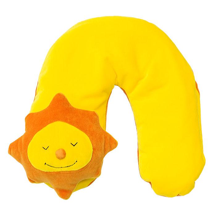 Подушка шейная Theraline Солнце, 85 см78012100Шейная подушка Theraline Солнце обеспечивает комфортный отдых, снимает напряжение и позволяет принять удобное положение во время сна и отдыха, как дома, так и в дороге. Также подушка станет отличной игрушкой для малыша во время путешествия.Наполнителем подушки служат микроскопично маленькие полистироловые шарики размером 0,5-1,5 мм, не имеющие запаха и абсолютно безвредные для здоровья. Характеристики:Объем:4 л. Размер подушки:85 см x 15 см. Материал верха:полиэстер, хлопок. Наполнитель:полистироловые шарики. Размер упаковки:29,5 см x 18,5 см x 9 см.