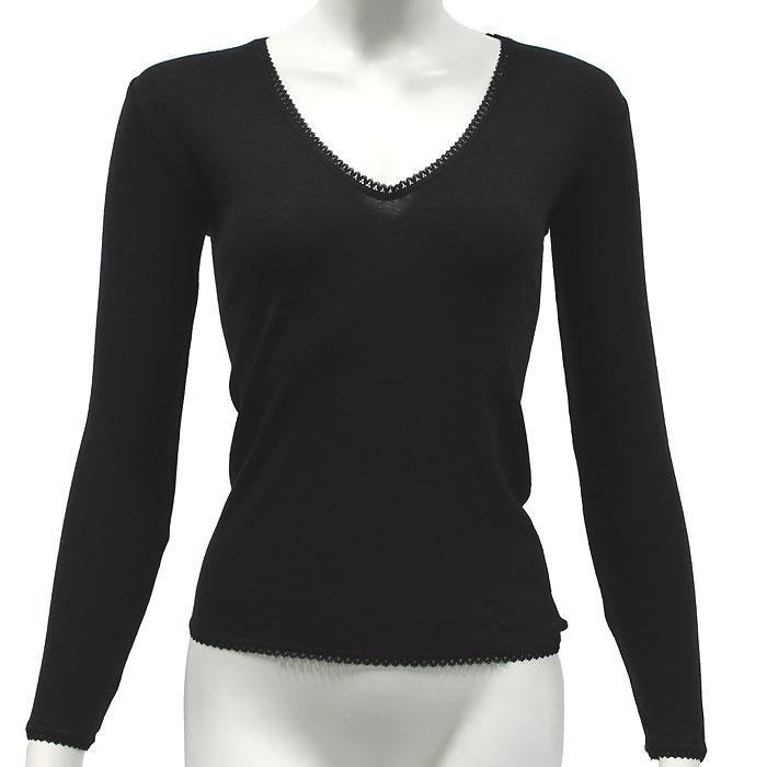Термобелье футболка с длинным рукавом женская Cratex, цвет: черный. 3615. Размер L (48-50)3615Тонкая женская футболка с длинным рукавомCratex изготовлена из высококачественной шерсти (70%) тонкорунных австралийских овец с добавлением шелка (30%). Тонкая, прочная, необычайно комфортная, она прекрасно регулирует тепло- и влагообмен, незаменима в холодное и сырое время года для повседневной носки под верхней одеждой, также во время занятий зимними видами спорта. Шелковистая основа, прилегающая к коже тела, обеспечивает комфорт и удобство при носке, предотвращает сухость кожи. Благодаря использованию новейшей технологии кругового плетения, шерстяное термобелье Cratex не имеет боковых швов, абсолютно незаметно под любой, самой тонкой одеждой и обеспечивает надежную защиту от холода и ветра.