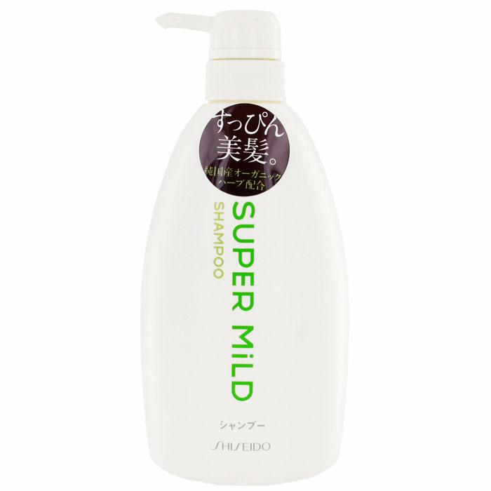 Шампунь для волос Shiseido Super Mild, 600 мл895830/873580Супермягкий шампунь для волос Shiseido Super Mild обладает ароматом трав, который освежает и придает чувство легкости. Нежно ухаживая, шампунь сохраняет и удерживает важные компоненты состава волос, предохраняет их от повреждения. Защищает волосы от неблагоприятных факторов, таких как сухость и трение. Экстракт розмарина укрепляет волосы, стимулирует рост, очищает кожу головы от жировых пробок и отмерших частичек, улучшает кровообращение, делает волосы шелковистыми и блестящими. Экстракт ромашки интенсивно питает, стимулирует рост, смягчает и защищает поверхность волос, придает объем. Протеин овса, масло ростков пшеницы и витамин Е разглаживают и восстанавливают структуру поврежденных волос. Волосы после применения шампуня легко расчесываются. Характеристики: Объем: 600 мл. Артикул: 895830. Производитель: Япония. Товар сертифицирован.
