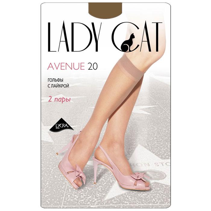 Гольфы женские Грация Lady Cat Avenue 20, цвет: дымчатый. Размер универсальныйAvenue 20Тонкие эластичные гольфы Грация Lady Cat Avenue 20 - удобные и комфортные сусиленным мыском.В коллекциях колготокГрацияпредставлены модели, которые станут удачным дополнением к гардеробу любой женщины. Модели с заниженной и классической линией талии, совсем тоненькие с эффектом прохлады для жарких дней и утепленные с добавлением шерсти. Любая модница знает, что особое внимание при выборе одежки для своих ножек следует уделять фактуре изделия. В коллекции колготокГрациявы найдете и шелковистые колготки с добавлением лайкры, которые окутают ваши ножки легким мерцанием, и более строгие матовые модели. Но главная особенность колготокГрация- их практичность: они устойчивы к появлению затяжек и очень прочны. В особенно уязвимых зонах многие модели специально уплотнены, что обеспечивает дополнительную защиту.