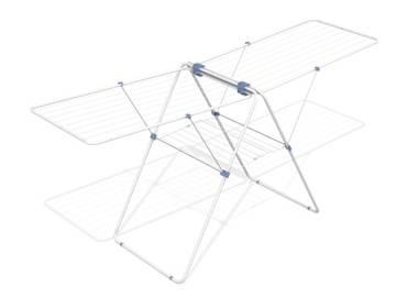Сушилка напольная Gimi Flamingo, 210 х 64 х 100 см10220020Напольная сушилка для белья Gimi  Flamingo проста и удобна в использовании, компактно складывается, экономя место в Вашей квартире. Сушилку можно использовать на балконе или дома. Общая длина реек сушилки составляет 27 метров. Сушилка оснащена двумя раздвижными решеткамидля сушки одежды , а также имеет специальные пластиковые крепления в основе стоек, которые не царапают пол, иколесика для передвижения сушилки с бельем. Характеристики: Материал: сталь, покрытая эпоксидным порошком. Размер сушилки: 210 см х 64 см х 100 см. Размер упаковки: 64,5 см х 6 см х 113 см.