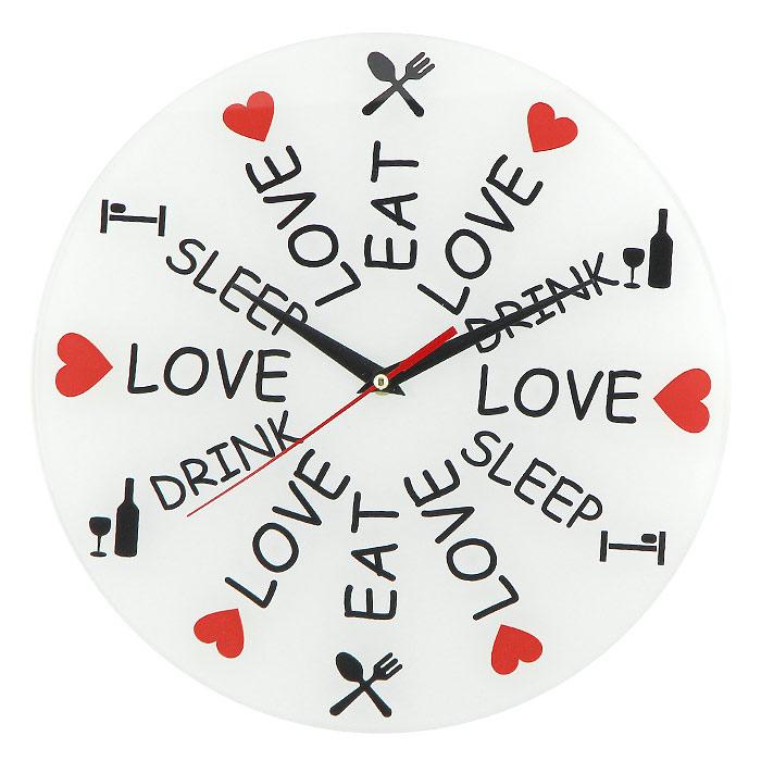 Часы настенные Love. Eat. Drink. Sleep93132Настенные кварцевые часы Love. Eat. Drink. Sleep своим необычным дизайном подчеркнут стильность и оригинальность интерьера вашего дома. Циферблат часов выполнен из стекла и оформлен надписями и яркими картинками. Часы имеют три стрелки - часовую, минутную и секундную. На задней стенке часов расположена металлическая петелька для подвешивания. Такие часы послужат отличным подарком для ценителя ярких и необычных вещей. Характеристики:Материал: стекло, металл. Диаметр часов:28 см. Размер упаковки:30 см х 29 см х 5 см. Изготовитель:Россия. Артикул:93132. Рекомендуется докупить батарейку типа АА (не входит в комплект).