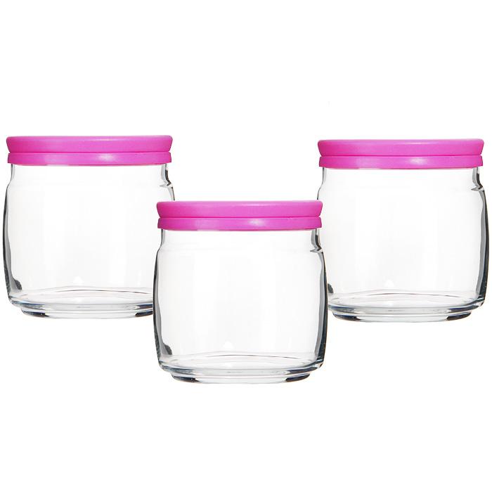 Набор банок для продуктов Pasabahce Cesni 0,65 л, 3 шт, цвет крышки: розовый 4300343003Набор Cesni состоит из трех банок, изготовленных из высококачественного прозрачного стекла. В них будет удобно хранить разнообразные сыпучие продукты, такие как кофе, крупы, макароны или специи. Банки надежно закрываются пластиковыми крышками розового цвета. Практичный и современный дизайн банок делает их довольно простыми и удобными в эксплуатации.Такой набор банок для хранения станет незаменимым помощником на кухне, а также послужит отличным подарком к любому празднику. Характеристики: Материал: стекло, пластик. Диаметр банки по верхнему краю:9,5 см. Высота банки (без учета крышки):10 см. Объем: 650 мл. Комплектация:3 шт. Размер упаковки:33 см х 11 см х 11 см. Производитель: Турция. Изготовитель:Россия. Артикул: 43003.