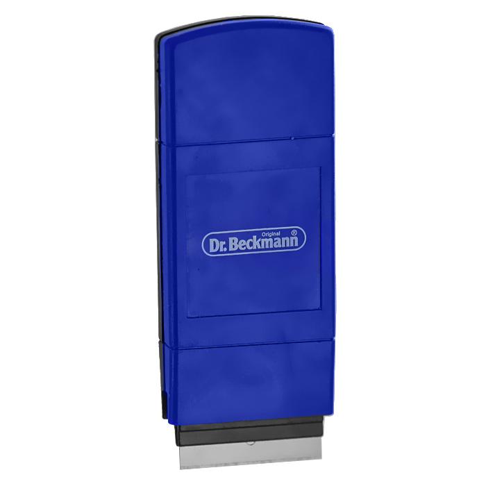 Скребок Dr.Beckmann для чистки стеклокерамических плит4312Скребок Dr.Beckmann облегчает чистку и уход за стеклокерамической плитой без применения абразивных губок. Корпус скребка выполнен из высококачественного пластика, а лезвие из нержавеющей стали. Скребок эффективно и быстро чистит поверхность. Использование такого скребка позволяет сберечь силы и время при уходе за стеклокерамической поверхностью вашей плиты и продлевает срок ее службы. Лезвие скребка выдвигается и закрепляется при помощи специального фиксатора, что обеспечивает безопасность во время использования изделия и его хранении.В комплект входят два запасных лезвия, которые хранятся в специальном отсеке корпуса скребка. Характеристики:Материал: пластик, нержавеющая сталь. Размер скребка:10 см х 0,7 см х 4,3 см. Ширина лезвия:3,8 см. Производитель:Германия. Артикул:4312.