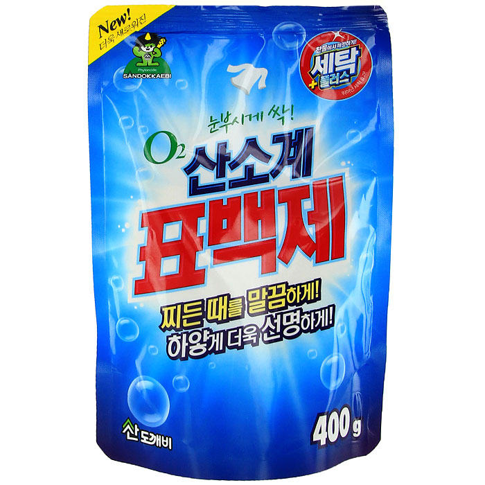 Отбеливатель кислородный Oxycle, 400 г3814Кислородный отбеливатель Oxycle имеет замечательный отбеливающий эффект, усиленный действием активного кислорода. Подходит для цветных и белых тканей. Выводит загрязнения в холодной воде так же хорошо, как в горячей. Специальные добавки способствуют удалению трудной грязи и пятен. Экономичен. Может быть использован для детской одежды и нижнего женского белья.Дозировка:При стирке: для активаторных стиральных машин - 10 г отбеливателя; для машин автоматов на 3-5 кг белья - 15 г отбеливателя.Для удаления пятен: использовать 10 г отбеливателя на 1 л воды.Для стерилизации: 5 г отбеливателя на 5 л воды. Характеристики:Вес: 400 г. Производитель: Корея.