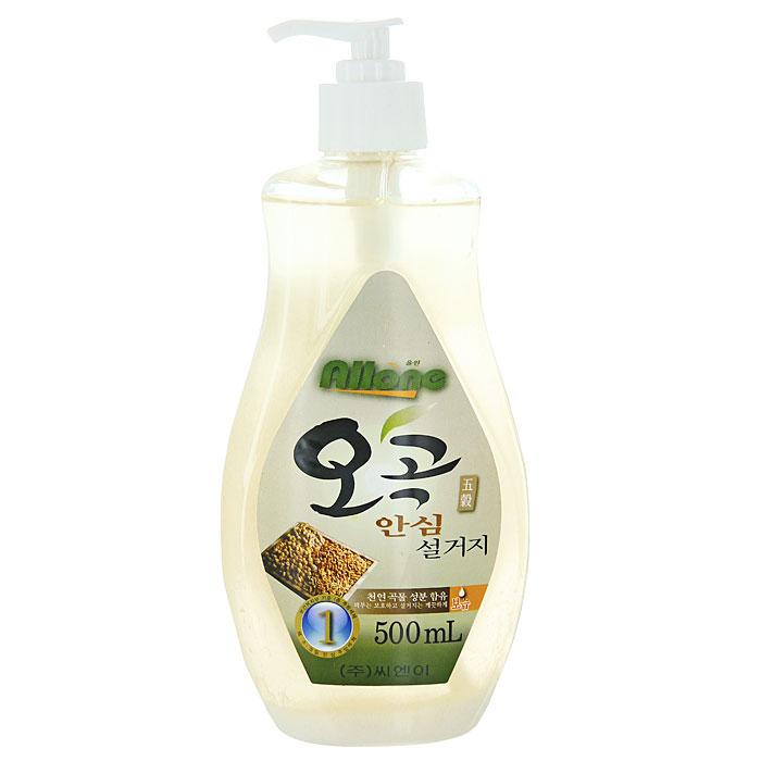 Средство для мытья посуды Allone, пять злаков, 500 мг043649Средство для мытья посуды Allone имеет густую гелеобразную консистенцию, благодаря чему, экономично в использовании. Легко удаляет трудновыводимые пятна жира. Содержит натуральные компоненты злаков, оказывающие увлажняющее действие. Безопасно для кожи рук, не сушит и не раздражает кожу. Не оставляет запах на овощах и фруктах. Прекрасно смывается с любой поверхности полностью и без остатка. Характеристики:Объем: 500 мл. Производитель:Корея.Товар сертифицирован.