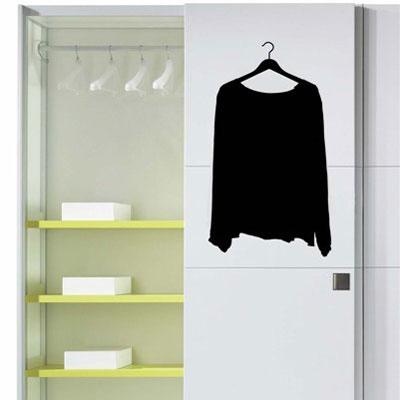 Стикер Paristic Кофта на вешалке, цвет: черный, 34 х 24 смSH 4001Стикер Paristic Кофта на вешалке - это уникальная возможность создать неповторимый индивидуальный облик интерьера вашего дома. Стикер с изображением, имитирующим кофту на вешалке, выполнен из матового винила - тонкого эластичного материала, который хорошо прилегает к любым гладким и чистым поверхностям, легко моется и держится до семи лет, при снятии не оставляет следов.Такой оригинальный элемент декора придаст интерьеру креативность и новое игривое настроение и станет великолепным украшением, притягивающим заинтересованные взгляды окружающих. В комплекте со стикером предусмотрена подробная инструкция (на русском языке) по наклеиванию. Характеристики: Материал:винил. Цвет:черный. Размер стикера (В х Ш): 34 см х 24 см. Размер упаковки: 48,5 см х 35 см. Производитель: Франция. Paristic - это стикеры высокого качества. Художественно выполненные стикеры, создающие эффект обмана зрения, дают необычную возможность использовать в своем интерьере элементы городского пейзажа. Продукция представлена широким ассортиментом - в зависимости от формы выбранного рисунка и от Ваших предпочтений стикеры могут иметь разный размер и разный цвет (12 вариантов помимо классического черного и белого). В коллекции Paristic - авторские работы от урбанистических зарисовок и узнаваемых парижских мотивов до природных и графических объектов. Идеи французских дизайнеров украсят любой интерьер: Paristic -это простой и оригинальный способ создать уникальную атмосферу как в современной гостиной и детской комнате, так и в офисе.В настоящее время производство стикеров Paristic ведется в России при строгом соблюдении качества продукции и по оригинальному французскому дизайну.